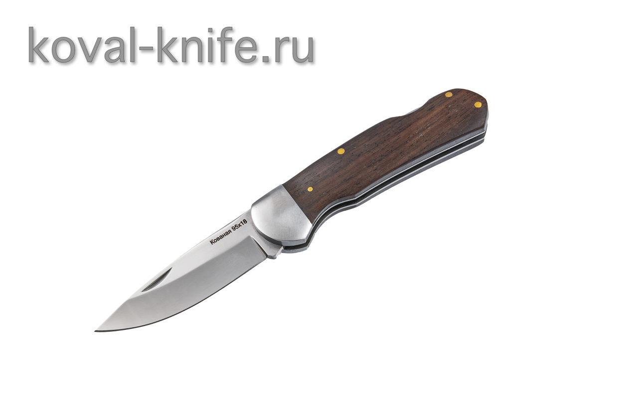 Складной нож из стали 95х18 А683