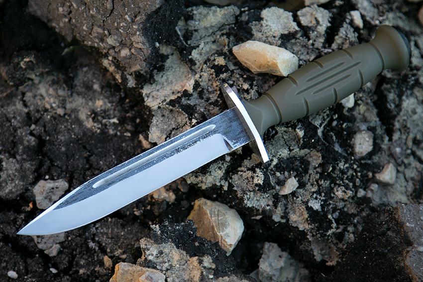 Нож Вишня из кованой стали 110Х18 (рукоять – Пластик) A712